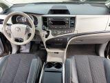 2011 Toyota Sienna SE Photo41