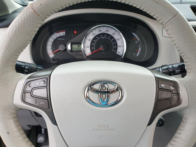 2011 Toyota Sienna SE Photo21