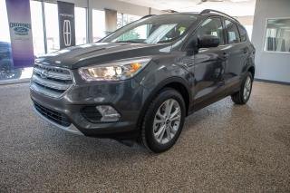 Used 2018 Ford Escape SEL 4wd w/ 1.5L, Moonroof, Navigation, Leather and more for sale in Okotoks, AB