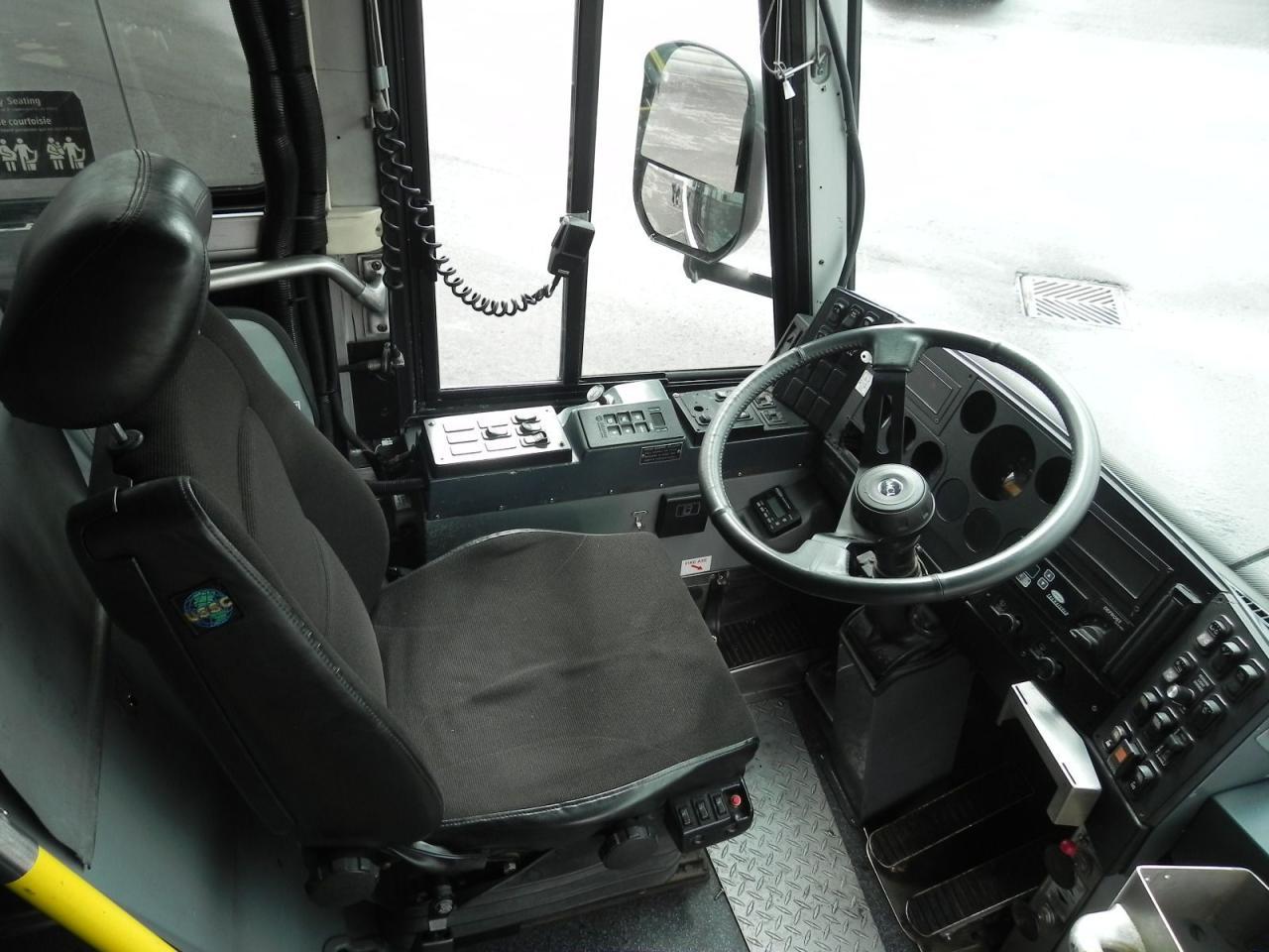 2007 MCI D4500