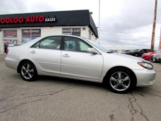 Used 2006 Toyota Camry SE V6 LEATHER SUNROOF CERTIFIED 2YR WARRANTY for sale in Milton, ON