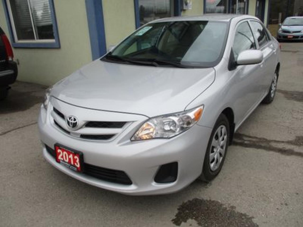 2013 Toyota Corolla GAS SAVING LE MODEL 5 PASSENGER 1.8L - DOHC.. HEATED SEATS.. CD/AUX/USB INPUT.. KEYLESS ENTRY..