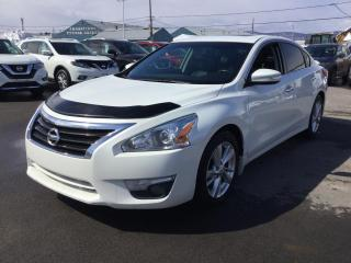 Used 2015 Nissan Altima 2.5 SL TECH ***CUIR + NAVIGATION*** for sale in Beauport, QC