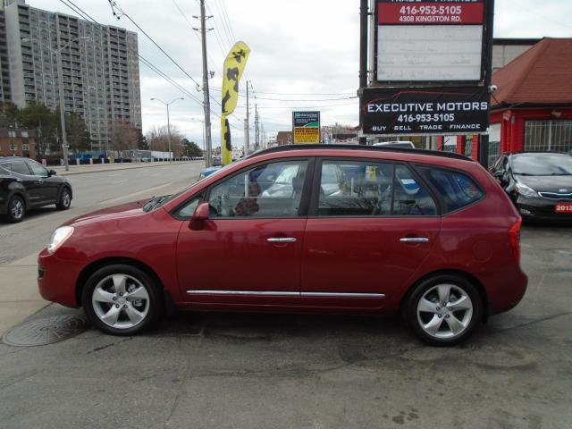 2008 Kia Rondo EX w/3rd Row/ LOADED / LEATHER / ROOF / 7 PASS /
