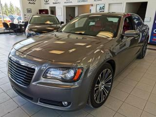 Used 2012 Chrysler 300 300s / INT ROUGE / GPS / CAMERA for sale in Sherbrooke, QC