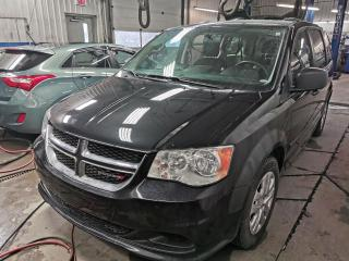 Used 2014 Dodge Grand Caravan SE for sale in Sherbrooke, QC