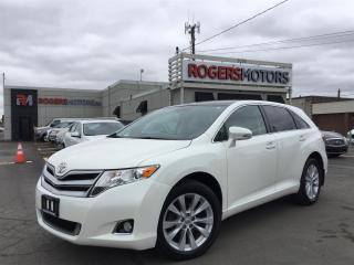 Used 2015 Toyota Venza XLE AWD - NAVI - PANO ROOF - LEATHER for sale in Oakville, ON