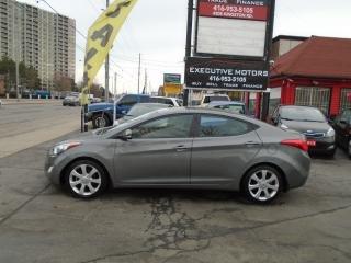 Used 2013 Hyundai Elantra Limited/ LOADED / LEATHER / ROOF / HEATED SEATS/ for sale in Scarborough, ON