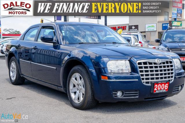 2006 Chrysler 300 V6 | LEATHER SEATS | POWER SUNROOF