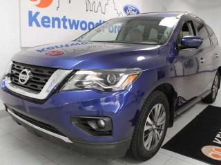 Used 2017 Nissan Pathfinder SL 4WD, Power Liftgate, Memory/Power Heated Seats, Heated Steering Wheel,Push Start/Stop, and Reverse Camera for sale in Edmonton, AB