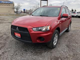 Used 2011 Mitsubishi Outlander - for sale in Etobicoke, ON