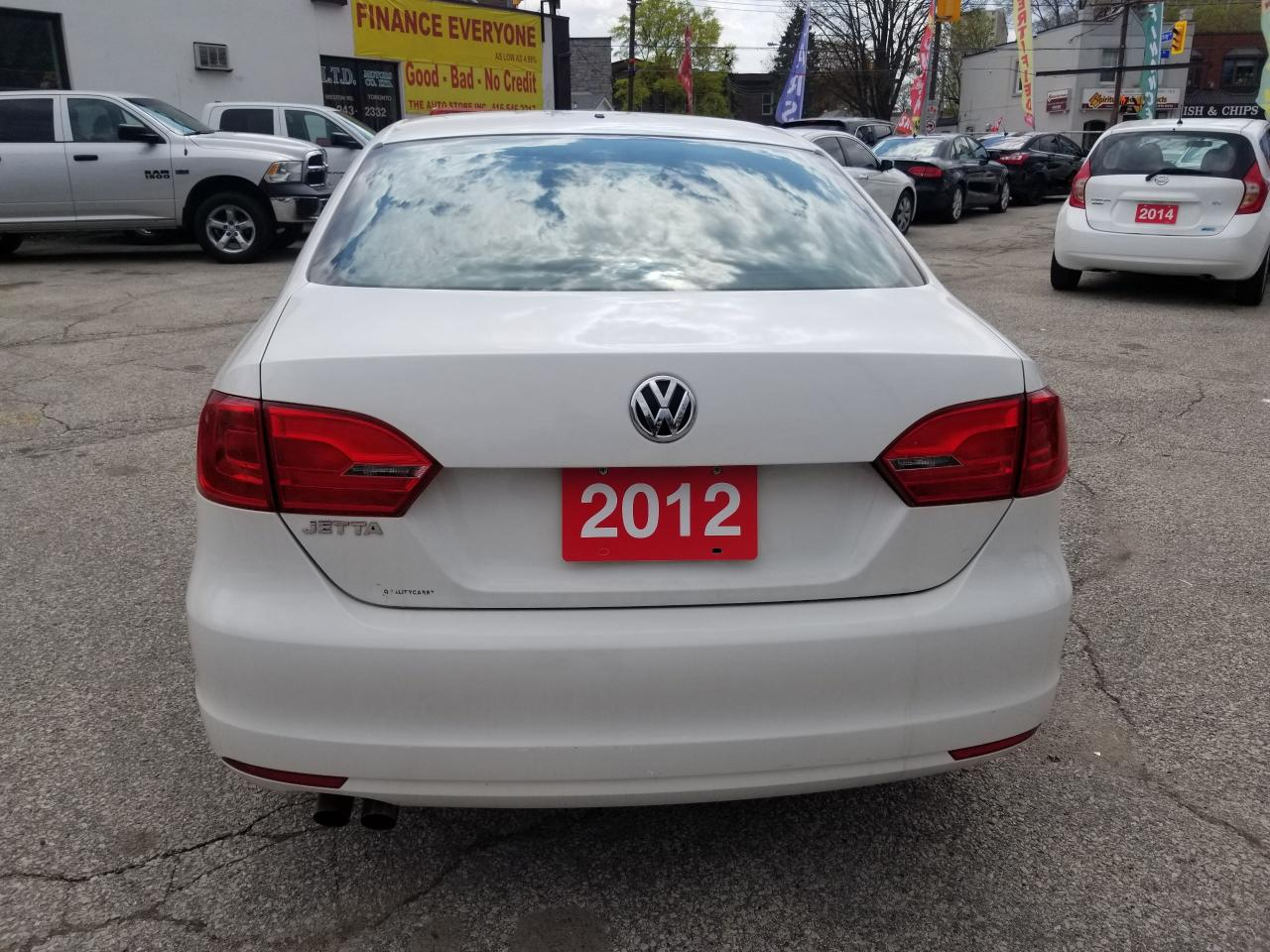 2012 Volkswagen Jetta in York | The Auto Store Inc