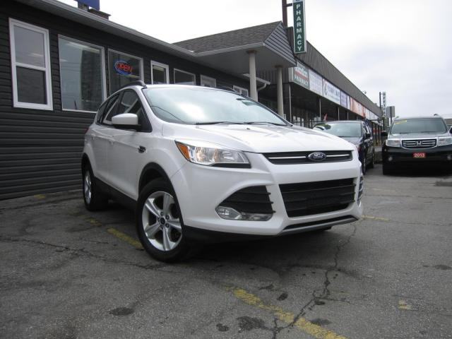 2015 Ford Escape SE, HEATED SEATS, LEATHER INTERIOR, BACK UP CAMERA 2015 Ford Escape SE, HEATED SEATS, LEATHER INTERIOR, BACK UP CAMERA