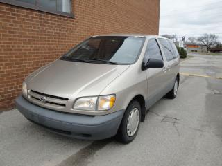 Used 2000 Toyota Sienna CE for sale in Oakville, ON