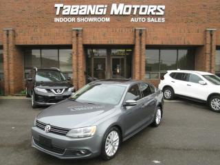 Used 2012 Volkswagen Jetta HIGHLINE | NAVIGATION | LEATHER | SUNROOF | HTD SEATS for sale in Mississauga, ON