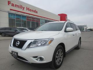 Used 2015 Nissan Pathfinder SV, BACK UP CAM, HEATED SEATS! for sale in Brampton, ON