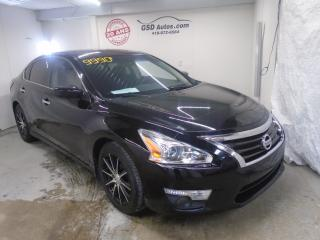 Used 2013 Nissan Altima 2013 Nissan - 4dr for sale in Ancienne Lorette, QC