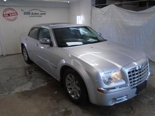 Used 2005 Chrysler 300 2005 Chrysler - 4dr for sale in Ancienne Lorette, QC