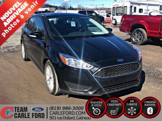 Used 2017 Ford Focus Ford Focus SE 2017, caméra de recul, blu for sale in Gatineau, QC