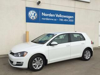 Used 2015 Volkswagen Golf 2.0 TURBO DIESEL 5DR TRENDLINE - VW CERTIFIED / HEATED SEATS for sale in Edmonton, AB