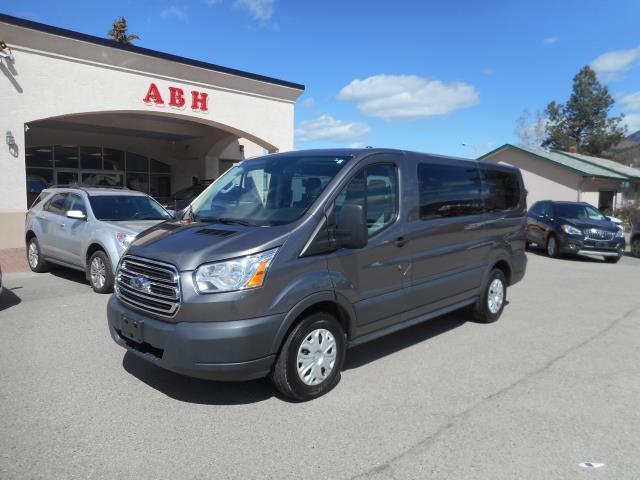 2015 Ford Transit 150 XLT 8 Passenger