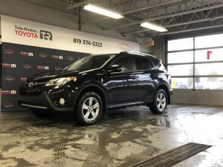 Used 2015 Toyota RAV4 XLE - Toit - Mags - GPS - Caméra for sale in Trois-Rivières, QC