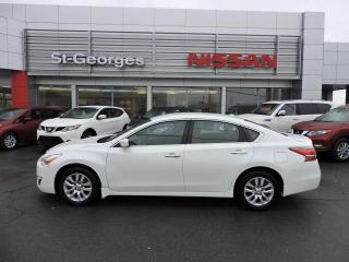 Used 2014 Nissan Altima Berline 4 portes I4, CVT, 2,5 S for sale in St-Georges, QC