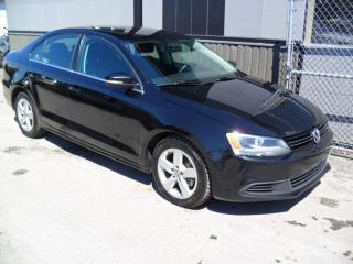 Used 2013 Volkswagen Jetta Sportline 2,5L 5 vit. + GARANTIE 3 ans i for sale in Laval, QC
