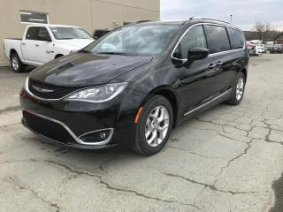 Used 2018 Chrysler Pacifica Touring-L Plus 2RM for sale in Sherbrooke, QC