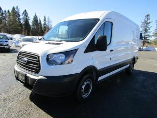 Used 2018 Ford Transit T-250 toit moyen 148 po for sale in Thetford Mines, QC