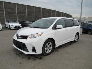 Used 2018 Toyota Sienna LE 8-Passenger for sale in Toronto, ON