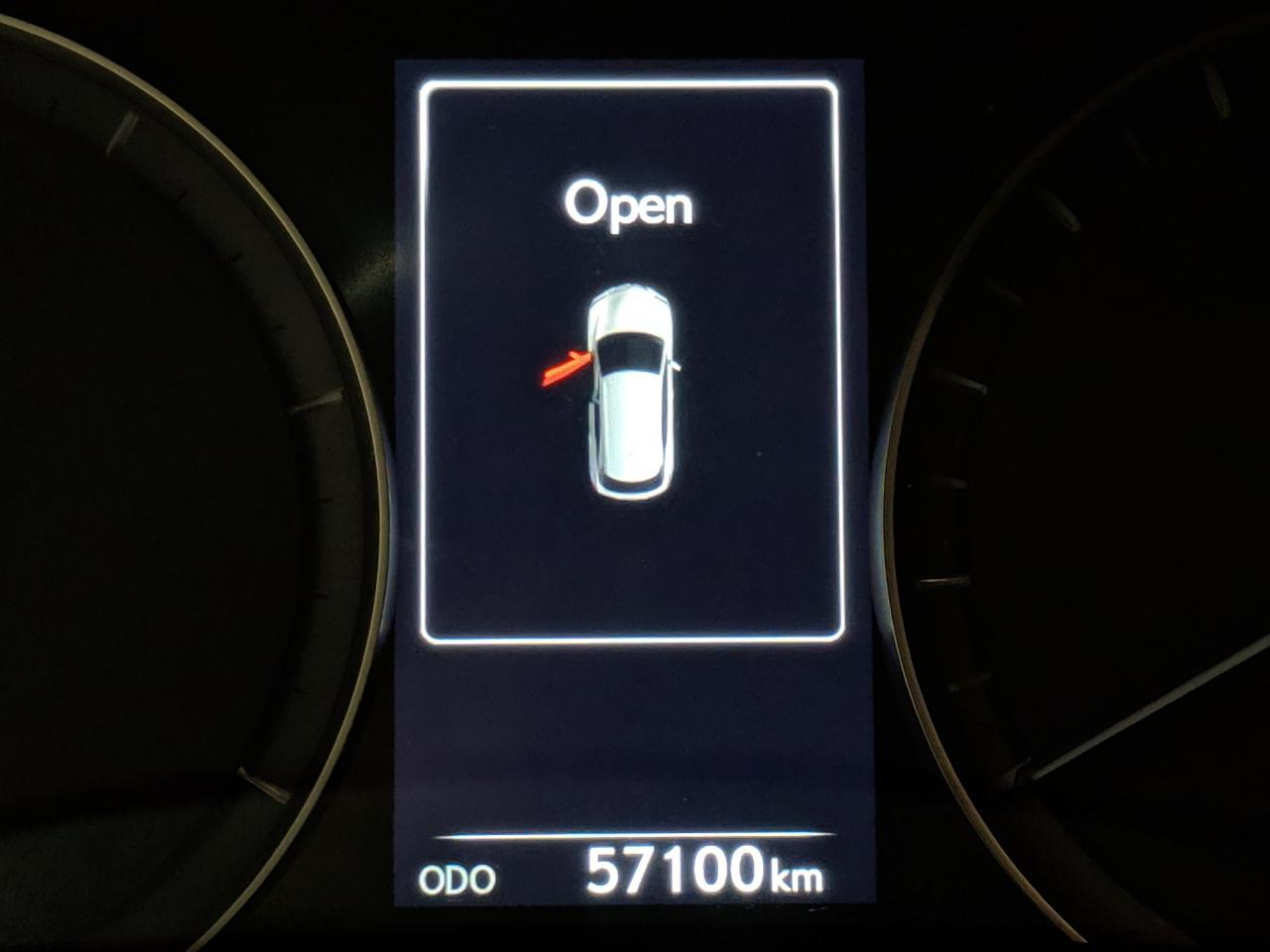 3303046