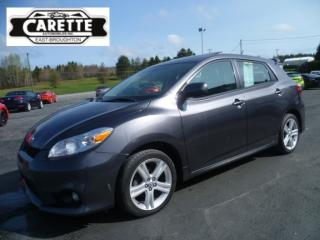Used 2014 Toyota Matrix S toit ouvrant for sale in East broughton, QC
