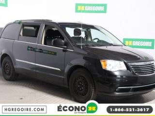 Used 2014 Chrysler Town & Country TOURING for sale in St-Léonard, QC