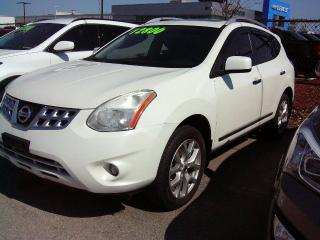 Used 2011 Nissan Rogue S for sale in Georgetown, ON
