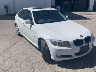 Used 2011 BMW 3 Series 4dr Sdn 328i xDrive AWD *Ltd Avail* for sale in Oakville, ON