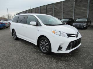 Used 2018 Toyota Sienna LE 7-Passenger NO ACCIDENTS for sale in Toronto, ON