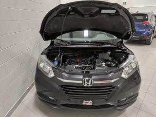 Used 2016 Honda HR-V VÉHICULE 4 ROUES MOTRICES TRÈS ÉCONOMIQU for sale in Chicoutimi, QC