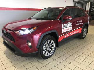 Used 2019 Toyota RAV4 XLE AWD for sale in Terrebonne, QC
