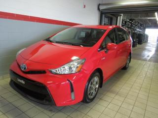 Used 2015 Toyota Prius V for sale in Terrebonne, QC