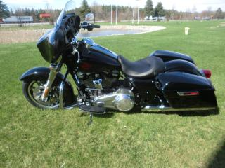 Used 2019 Harley-Davidson Touring FLHT ELECTRA GLIDE STANDARD for sale in Blenheim, ON