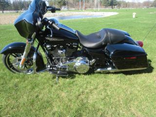 Used 2019 Harley-Davidson FLHX FLHX STREET GLIDE for sale in Blenheim, ON