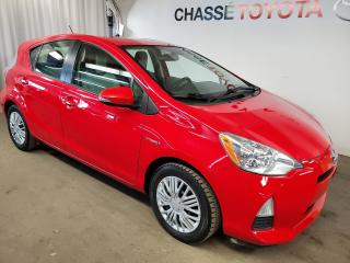 Used 2014 Toyota Prius C for sale in Montréal, QC