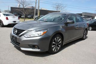 Used 2016 Nissan Altima 2.5 SV   *SUNROOF*BACKUP CAM for sale in Toronto, ON