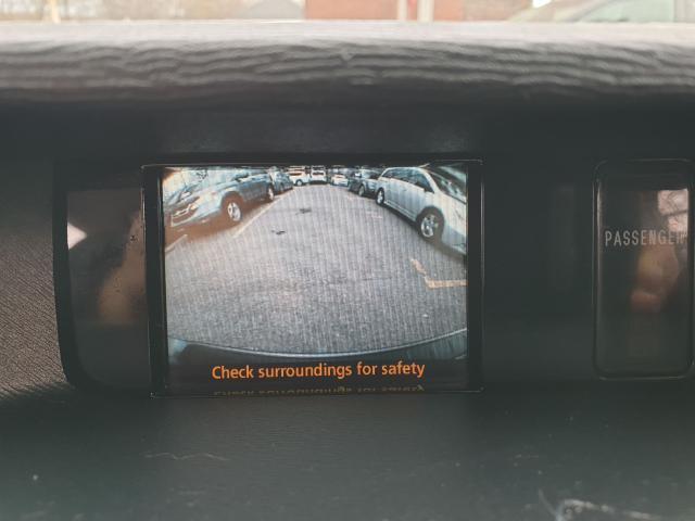 2011 Toyota Sienna XLE Photo28