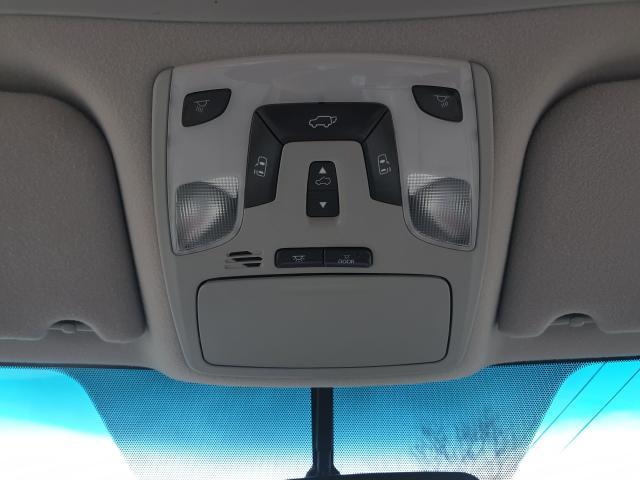 2011 Toyota Sienna XLE Photo31