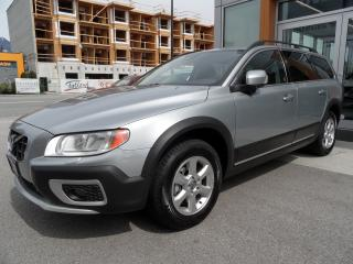 Used 2012 Volvo XC70 3.2 AWD Premier Plus for sale in North Vancouver, BC