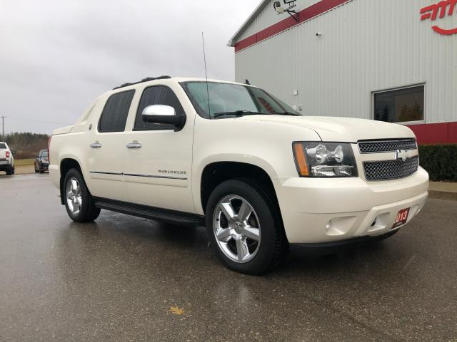 2013 Chevrolet Avalanche LTZ navigation, leather