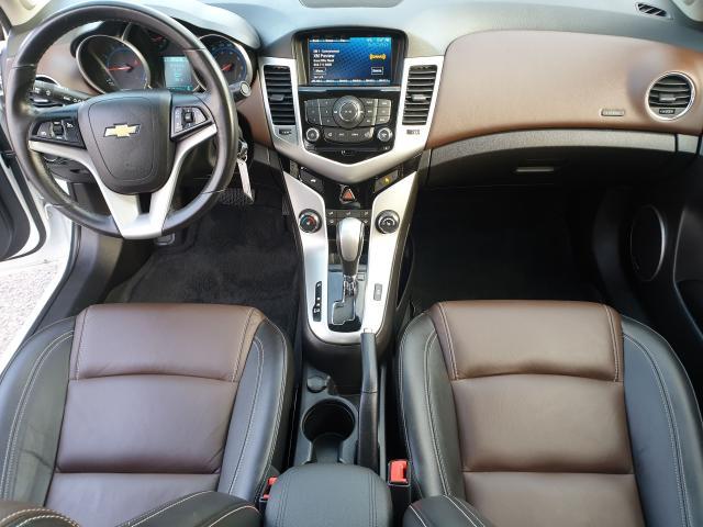 2016 Chevrolet Cruze 2LT Photo17
