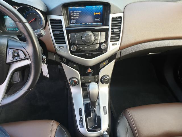 2016 Chevrolet Cruze 2LT Photo23
